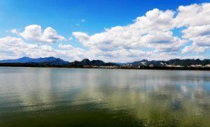 谁在买青龙湖?